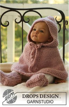 Hooded poncho for the little dwarf. Hooded poncho for the little dwarf. Hooded poncho for the little dwarf. Hooded poncho for the little dwarf. Cute Kids, Cute Babies, Baby Kids, Child Baby, Baby Newborn, Cute Little Girls, Toddler Girl, My Baby Girl, Baby Girl Princess