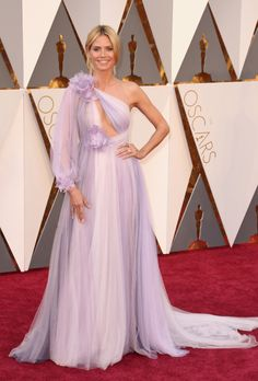 See All the Looks from the Oscars Red Carpet: Heidi Klum