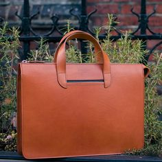 Stand out with an @oppermannlondon briefcase