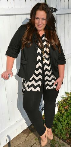 Fashion for full figured women Plus Zise, Mode Plus, Plus Size Fashion For Women, Plus Size Women, Plus Fashion, Curvy Girl Fashion, Work Fashion, Girl Outfits, Cute Outfits