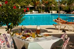 Food near the Pool Beach Hotels, Rhodes, Outdoor Decor, Food, Home Decor, Decoration Home, Room Decor, Essen, Meals