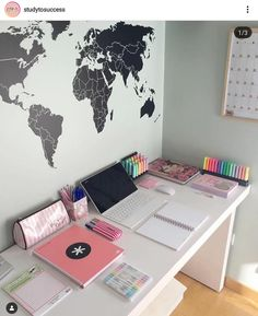 Gifts on estudiante_estresada has such an aesthetically-pleasing study corner You can get Japanese Mildliner Style highlighters, notebooks, Study Room Decor, Room Ideas Bedroom, Bedroom Decor, Bedroom Table, Dream Bedroom, Tumblr Bedroom, Tumblr Rooms, Cute Room Ideas, Cute Room Decor