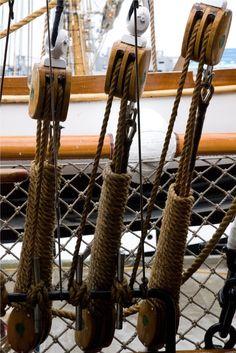 Ship's rigging