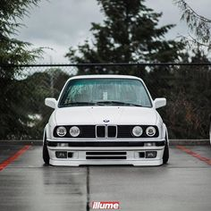 If you're just about to buy a new car, you're going to have to get car insurance. In fact, some car lots won't even let you take the car unless you get auto insurance before you leave. Bmw 318i E30, Bmw E30 Coupe, Bmw Alpina, Bmw M3 Sport, Bmw Accessories, Bmw Classic Cars, Audi Cars, Bmw 3 Series, Motorcycles