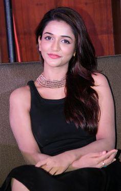Anaika Soti Hot Photos At Satya 2 Trailer Launch