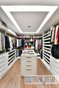 Walk In Closet Design, Wardrobe Design, Closet Designs, Bedroom Turned Closet, Master Bedroom Closet, Closet Island, Closet Renovation, Wardrobe Room, Closet Layout