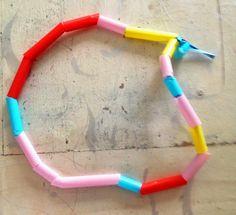 Leren knippen - een ketting van rietjes - Knutselen met peuters/kleuters
