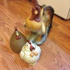 Ceramic Chicken Pieces Kehres Kehres Kehres Kehres I am going to get these Ceramic Chicken, Ceramic Rooster, You Are Home, Good Ole, Auction, Ceramics, Make It Yourself, Ceramica, Pottery