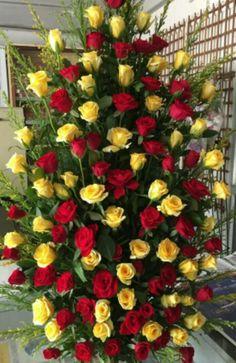 Flower Arrangements for Church - Flowers Gif, All Flowers, Large Flowers, Wedding Flowers, Large Flower Arrangements, Flower Arrangement Designs, Church Flowers, Funeral Flowers, Memorial Flowers