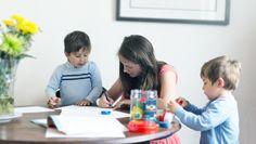 Instruction en famille - Elles ont décidé de faire l'école à la maison, choisir leurs propres méthodes d'apprentissage et ne reviendraient pas en arrière !