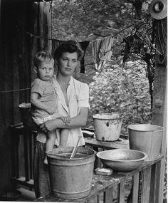 Motherhood:  Clemens Kalischer, Country Road, Tenessee