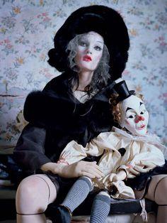 """Mechanical Dolls"" by Tim Walker for Vogue Italia October 2011 | Trendland: Fashion Blog & Trend Magazine"
