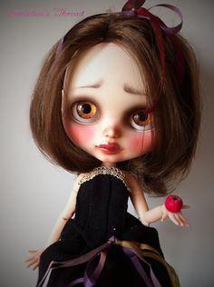 ONLY UNTIL 12/24.Snow White. OOAK Custom Blythe.
