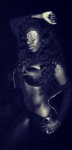 WWE Diva Naomi aka Trinity Fatu