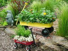 Designer MacGyver: 5 Fresh Ideas for Kids' Wagons