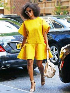 Solange Knowles isn't scared to push the envelope in regards to fashion. Flawless photo-taker Solange Knowles has an exact particular aesthetic, which explains why she's so choosy in re… African Print Dresses, African Fashion Dresses, African Dress, Fashion Outfits, Woman Outfits, Fashion Styles, African Attire, African Wear, Moda Junior