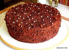 saboreando a vida: O bolo de N (Bolo de Nozes com recheio de Baba de Moça e Cobertura de Chocolate)