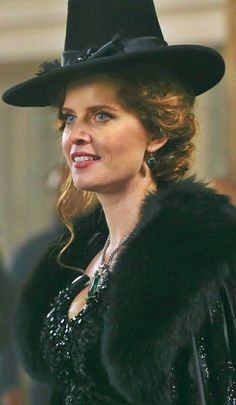 Once Upon a Time - 30 day challenge: least favorite female character zelena the wicked witch of the west