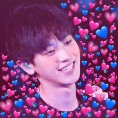 grafika exo, heart, and kpop Baekhyun, Park Chanyeol, Meme Pictures, Reaction Pictures, Girls Generation, K Pop, Memes Chinos, Heart Meme, Kim Jongdae