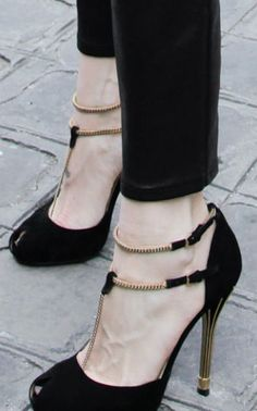 Shoes for fall - monstylepin #fashion #shoes #highheels