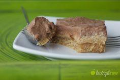 Vegan desserts on www.lovingitraw.com Raw Vegan Desserts, Vegan Dessert Recipes, Vegan Treats, Raw Food Recipes, Just Desserts, Cake Recipes, Cooking Recipes, Healthy Recipes, Sweet Pie