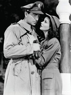 "Vivien Leigh (Myra) and Robert Taylor (Roy) ""Waterloo Bridge"" - 1940"