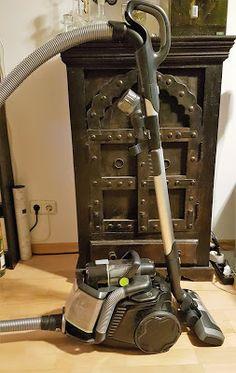 Der beutellose AEG Staubsauger LX8-1-ÖKO im Test - Arbeitserleichterung mit viel Power  http://www.mihaela-testfamily.de  #AEG #Staubsauger #beutellos #LX81ÖKO #Haushalt #Technik #Home