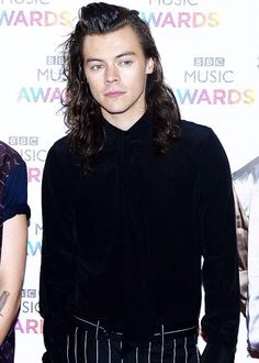 Harry Styles // BBC Music Awards • (12.10.15)  - @Tati1D5