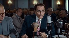 Críticas: 'Trumbo: la lista negra de Hollywood' (2015). 7 / 10. A cámara lenta - Blog de cine