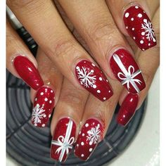 Festive Christmas Nail Designs for An outsta. Festive Christmas Nail Designs for An outstanding Christmas nail art can help you get into the Christmas spirit.Hopefully you will find yours from this list and make you stand out this season. Christmas Present Nail Art, Cute Christmas Nails, Holiday Nail Art, Xmas Nails, Winter Nail Art, Winter Nails, Fun Nails, Christmas Presents, Christmas Manicure