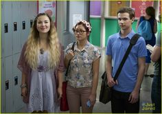 other kingdom nickelodeon series sneak peek 03 Magical Images, Series Premiere, Fairy Princesses, Live Action, Photo Galleries, April 10th, Actors, Clothes, Watch