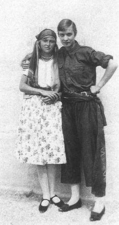 Annemarie Schwarzenbach, ca. 1925 (age 17) à l'Institut Fetan