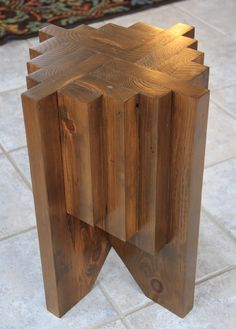 This is a very simple project that can be done with the scrap lumber that most of us have laying around the shop. All you need to do is square up the edges of your leftover and rip them to the correct widths. You can complete this project in no time. Scrap Wood Projects, Woodworking Projects Diy, Woodworking Furniture, Pallet Furniture, Furniture Projects, Woodworking Plans, Furniture Websites, Popular Woodworking, Simple Wood Projects