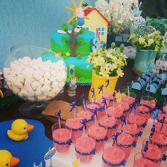 #festapeppapig #festageorgepig #peppapig #georgepig #festaemcasa #homemade #euquefiz #decoração #festacriativa #festejar #kidsparty #party #festainfantil #festejando #peppa #george #festademenino #lembrancinhas #kitcinema #pipoca #marmitinha #doces #handmade