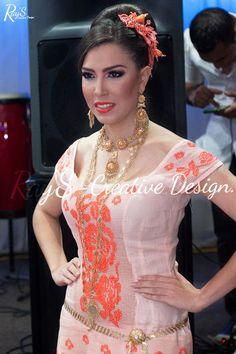 #vestidoestilizado   Gala tipica de Calle Arriba De Pedasi   RaySCreativeDG