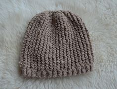 Alpaka wool hat, made by me. Knitted Hats, Sewing Projects, Wool, Knitting, Fabric, How To Make, Dresses, Fashion, Tejido