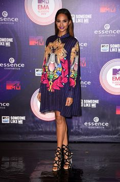 Alesha Dixon Print Dress - Alesha Dixon chose a Mary Katrantzou shift dress, featuring a colorful and bold print, for the MTV EMAs.