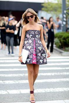 NYFW #StreetStyle : Erica Pelosini colorful in Mary Katrantzou mini dress