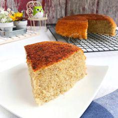 Miki's Food Archives : Cottony Soft & Moist Banana Cake (without butter) 香蕉棉花蛋糕(无牛油)