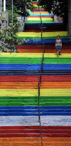 best-cities-to-see-street-art- Merdiven Sokak Sanatı (Art of street stairs) Istanbul Urban Art Turkey Rainbow Beautiful World, Beautiful Places, Beautiful Stairs, Amazing Places, Beautiful Pictures, Art Du Monde, Urbane Kunst, Photo D Art, Painted Stairs