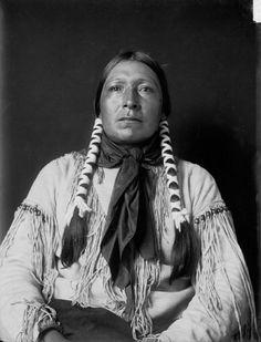 Scabby (aka Baldwin Twins) the son of Yellow Calfskin Shirt (aka Broken Dish) and the husband of Walking Woman – Southern Cheyenne – 1908