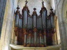The Isnard Organ of Saint-Maximin-la-Sainte-Baume. Provence, Saint Maximin, G Minor, Baroque, Saints, Ceiling Lights, Youtube, Period, French
