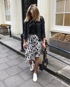"""9,063 mentions J'aime, 159 commentaires - Emma Hill 