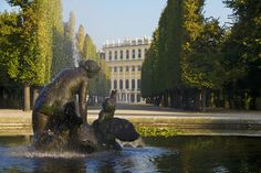 All you have to know for your visit to Schönbrunn! Visit also the park and the showrooms or make a virtual tour. River Cruises In Europe, Round Pool, Amazing Race, Vienna, Touring, Places To Go, Around The Worlds, Maria Theresa, 17th Century