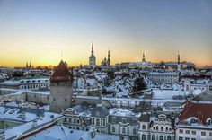 Cold yet gorgeous Tallinn by @chervil_ #travel #europe #unesco #oldtown #medieval #citybreak #holiday