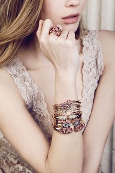 Tell her you love her with our Florentine jewellery collection , Ugo Cala.  This beautiful Iside collection takes its inspiration from the Egyptian myth of Isis, wife and mother par excellence, symbol of fertility, beauty, and mysticism through the ages. http://ow.ly/H0iZ3