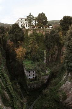 Upper and lower canyon homes. Sorrento, Italy.