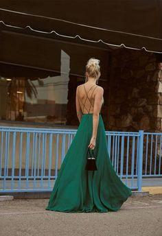 a69acc54acd0 Καλεσμένη σε γάμο  Τι να φορέσεις για να είσαι κομψή και εντυπωσιακή -  Tlife.