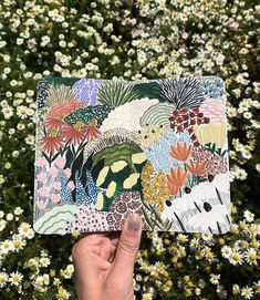 Taking some time this summer to paint rainbow blooms and wildflowers. Really enjoying seeing everyone's projects from my Botanical Illustration class (link in bio). Forest Illustration, Illustration Sketches, Botanical Illustration, Sketchbook Inspiration, Painting Inspiration, Art Inspo, Gouache Painting, Painting & Drawing, Guache