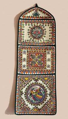 Madhubani wall pockets freehand painted without using stencil 3